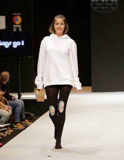 legs-go-pantys-con-rodilleras-coleccion-retro-flamingos-flamencos-pasarela-catwalk-ifema-momad-shoes-mbmfw-7-1080x1620