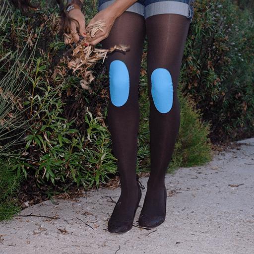 Legs-go_pantys-con-rodilleras_colección-basic-colors_panty-marron-rodilleras-azul_medias-con-rodilleras_pantys-fantasía_medias-de-fantasía.png