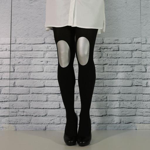 Legs-go_pantys-con-rodilleras_colección-basic-colors_panty-negro-rodilleras-plata_medias-con-rodilleras_pantys-fantasía_medias-de-fantasía.png